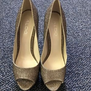 ALDO Gold glitter peep toe heels
